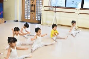 1月5日土曜パールクラス(2才、3才バレエ・歌・読み聞かせ・お話づくり)