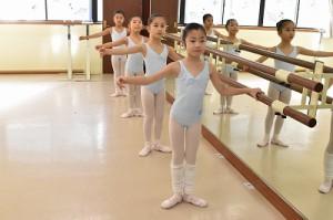 1月5日土曜サファイアクラス(6才~9才クラシックバレエ)