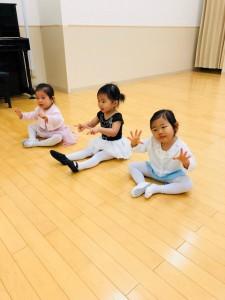 2月24日イオンカルチャークラブ東雲店ベビーBクラス(2歳、3歳バレエ・歌・読み聞かせ・お話創り)